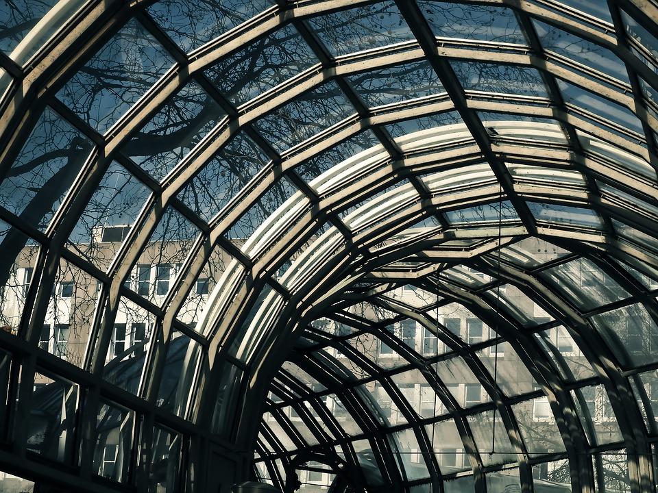 Zoom sur les toitures en verre