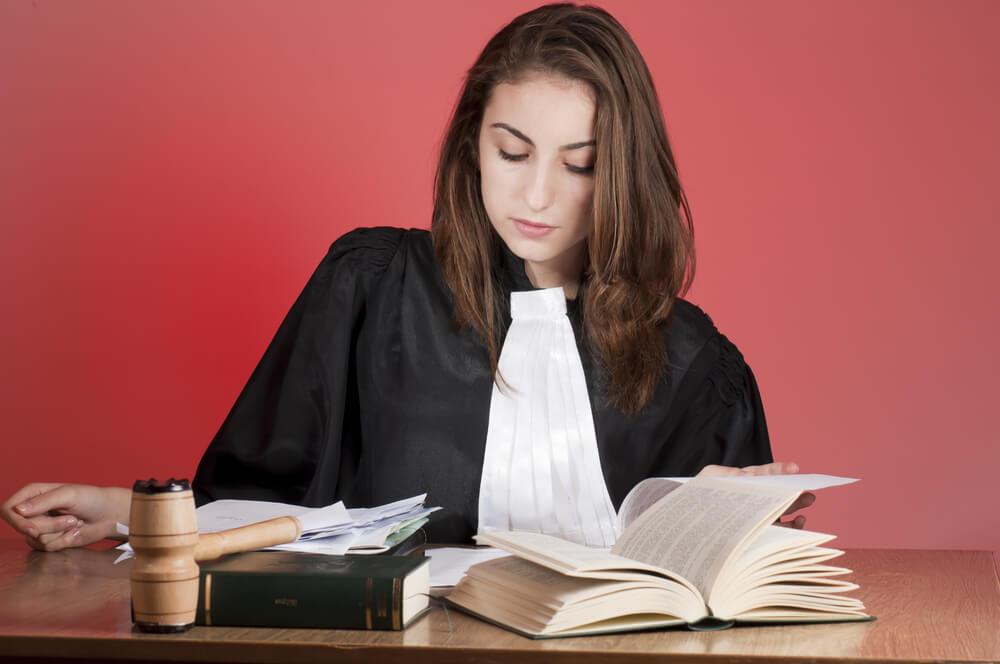 Comment trouvé un bon avocat  ?