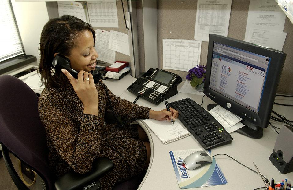 Permanence téléphonique: Les tarifs et services pour une entreprise