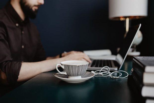Pourquoi café rime avec bien-être au travail ?