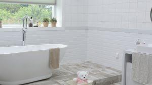 Les fondamentaux d'une salle de bains rétro