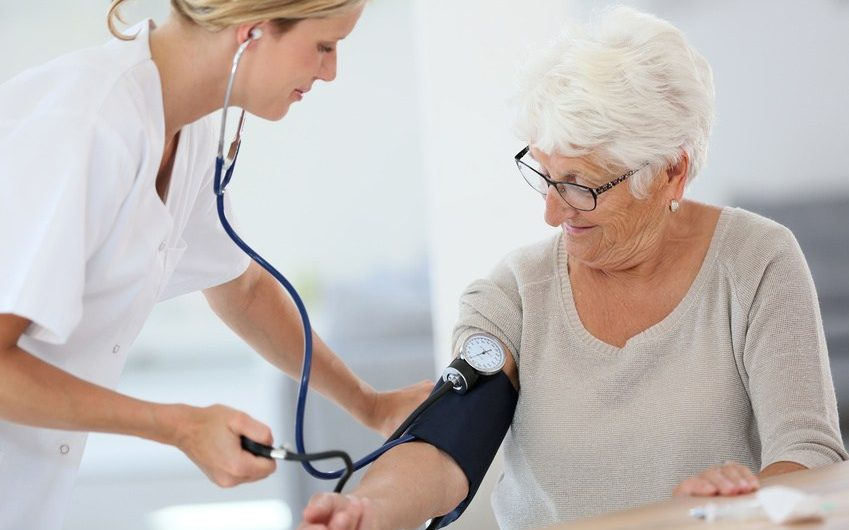 Soins infirmiers à Tourcoing: soutenir une proche à supporter la chimiothérapie